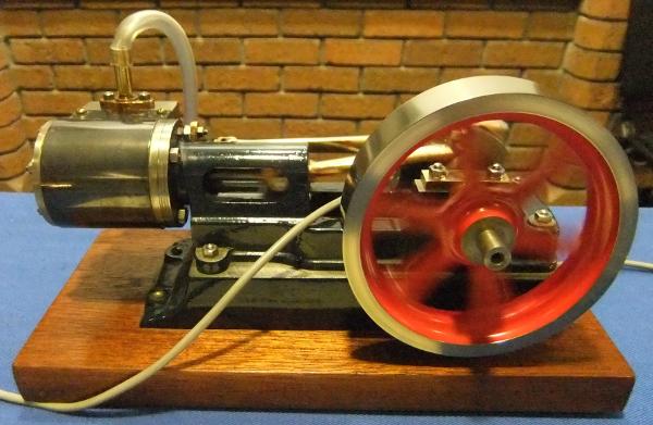 Stuart Turner No. 8 horizontal steam engine