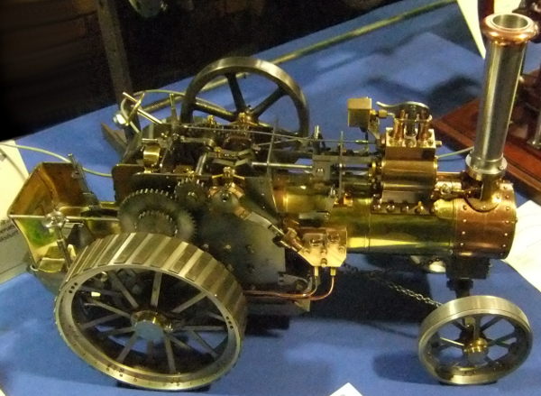 """""""Mini"""" Traction Engine, Scale 1"""" : 1 ft"""